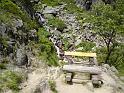 Labskou rokli je možné pozorovat z poklidu lavičky.