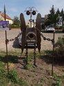 Labský bubák je technického původu a nachází se na nábřeží v obci Elster.