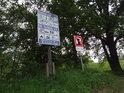 Informační cedule na levém břehu Labe v obci Vockerode.